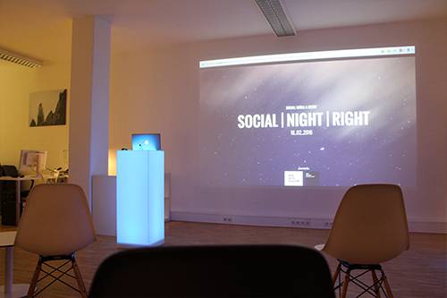 socialnightright