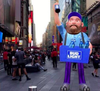Snapchat ouvre les World Lenses Bitmoji 3D aux marques