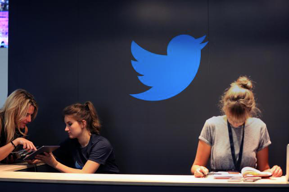 Twitter : le soleil se cache, pas les marques