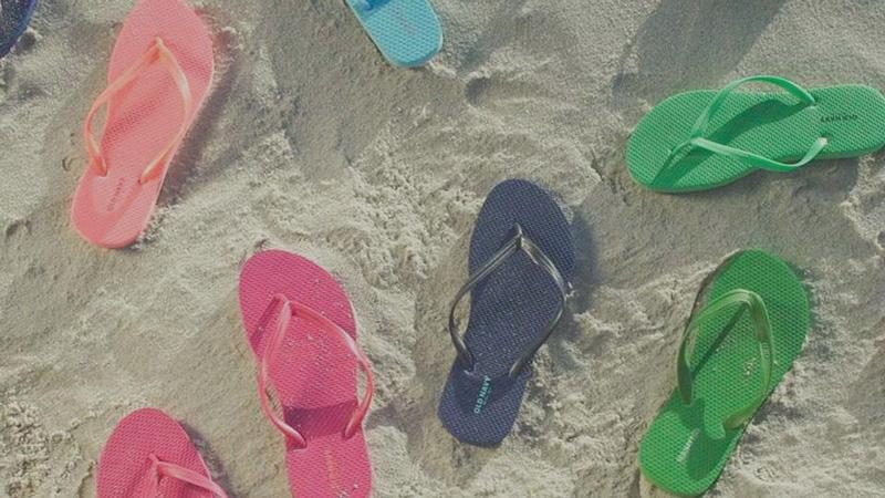 old-navy-flip-flops
